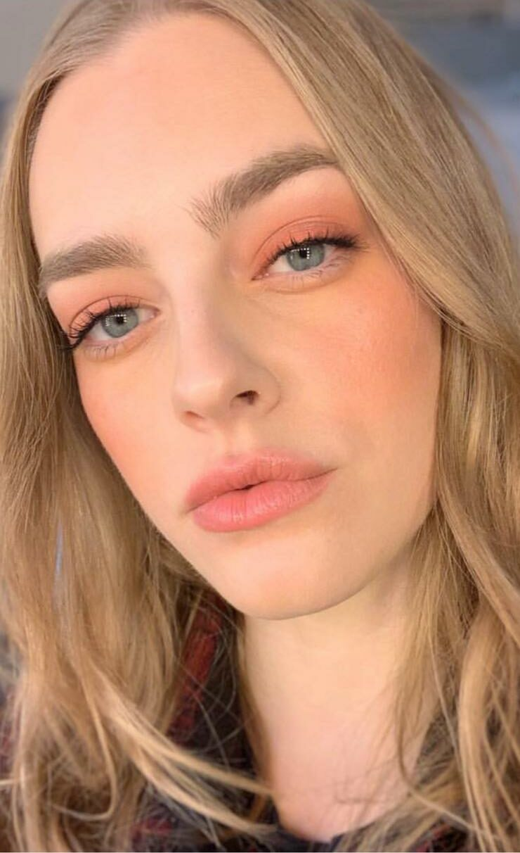 Maquillage avec blush